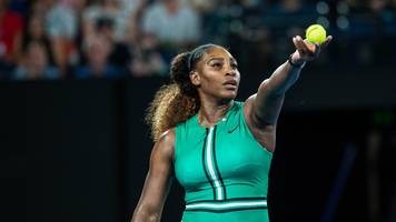 Serena Continues Impressive Form, Cruises Past Bouchard Into Third Round