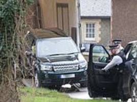 Prince Philip gets new Land Rover less than 24 hours after car crash