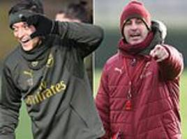 unai emery proves he can still kick it as arsenal train before chelsea