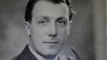 dambusters engineer: raf appeal for funeral crowd for couple