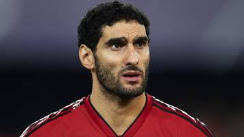 Marouane Fellaini: Manchester United midfielder out for 'three or four weeks' with calf injury