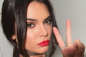 kendall jenner breaks silence over 'debilitating' struggle with acne