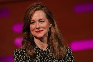 laura linney: how old is ozark actress and who is she married to?