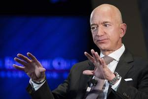Jeff Bezos is ready to make a splash with new girlfriend at the Oscars, report says