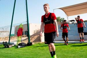 gary mackay-steven edges closer to aberdeen exit as he asks for more time to consider future