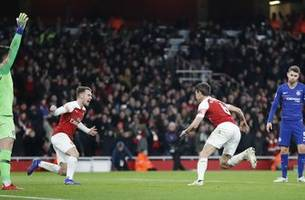 Arsenal beats Chelsea 2-0 to open up pursuit of 4th in EPL