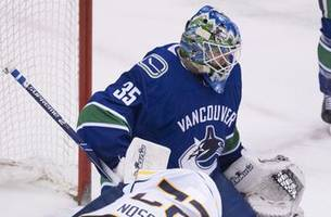 Demko makes 36 saves for Canucks in 4-3 win over Sabres