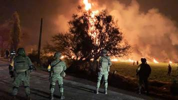 blast at leaking mexico pipeline kills 20 and injures dozens