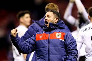 lee johnson confirms that bristol city still want to sign a striker in january