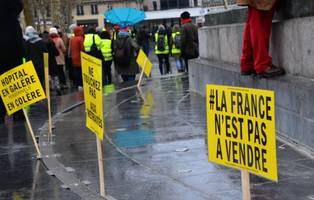 french yellow vest protests planned despite macron outreach