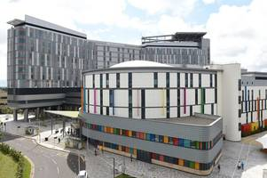 two patients dead after contracting 'pigeon dropping infection' at glasgow's queen elizabeth university hospital