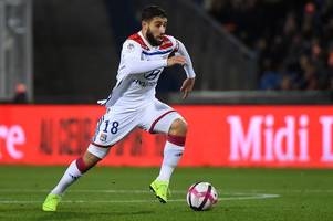 'sort it out' - these chelsea fans want club to move for nabil fekir after french star's comment