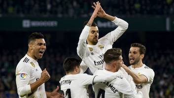 real madrid 2-0 sevilla: report, ratings & reaction as casemiro stunner fires los blancos to victory