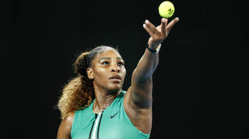 watch: serena williams beats yastremska to advance to australian open fourth round