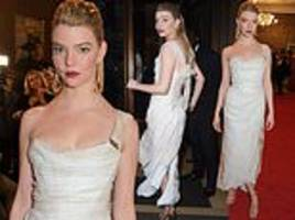 london critics' circle awards 2019: anya taylor-joy oozes glamour in one-shoulder ruched dress