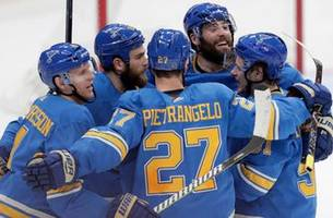 gunnarsson's go-ahead goal leads blues past senators, 3-2