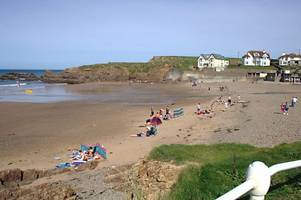 Dramatic Bude beach rescue as badly injured woman faced drowning