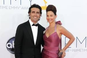 dario franchitti's ex ashley judd is godmother to his child by new wife
