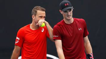 gb's murray into doubles quarter-finals after saving match points