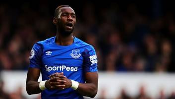 everton recall yannick bolasie from aston villa loan as marco silva looks to boost midfield options