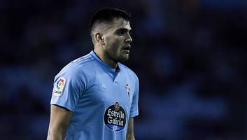 west ham locked in talks with celta vigo striker maxi gomez as possible arnautovic replacement