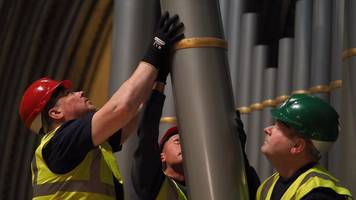 Salisbury Cathedral organ removed for major restoration