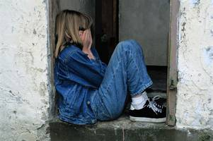 more than 800 children are waiting for mental health treatment in west kent
