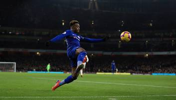 liverpool 'met with' chelsea's callum hudson-odoi as they look to hijack bayern munich transfer