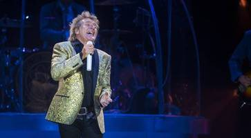 rod stewart extends european tour to include a night in belfast