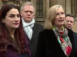 remainer mps drop attempt to force through a 'people's vote' and blame corbyn