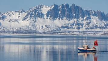 'tipping point' risk for arctic hotspot