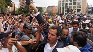 Venezuela crisis: Maduro cuts ties after US backs opposition leader as president