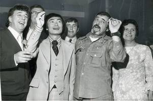 when star trek legends scotty and sulu boldly went to... eyres monsell!