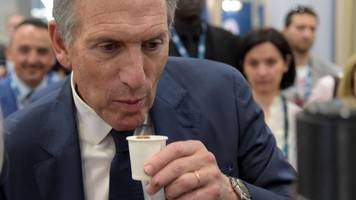howard schultz: starbucks tycoon roasted over 2020 plan