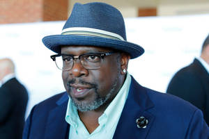 cedric the entertainer talks 'aftermath' of les moonves scandal, including cbs 'group seminars'