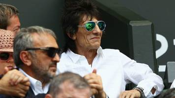 grand national 2019: ronnie wood, sir alex ferguson enter horses in race