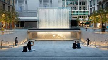 the 15 coolest apple stores in the world, from new york's grand central station to london's regent street (aapl)