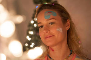 brie larson to star in true story 'lady business' at netflix