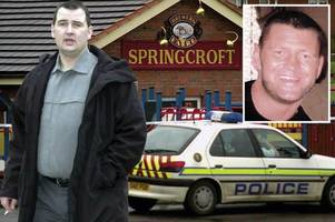 feared gangland enforcer with ties to paul ferris found dead in paisley flat