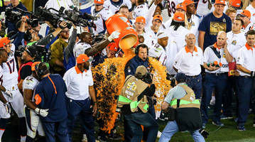 a brief history of the super bowl gatorade dump
