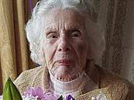 'widow, 100, died after breaking her neck when a mugger stole her bag'