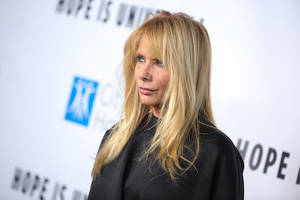 weinstein accuser rosanna arquette said she couldn't find work, so ryan murphy cast her in 'ratched'
