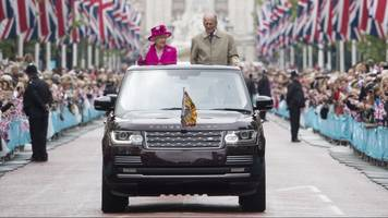 queen to be evacuated if unrest breaks out over no-deal brexit
