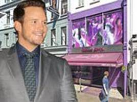 chris pratt celebrated his engagement in a london 'strip club'