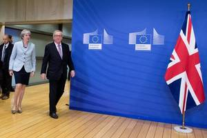theresa may will meet eu president on thursday to thrash out brexitdeal