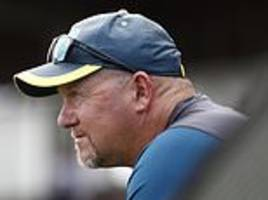 australia assistant coach david saker resigns just six months before ashes tour