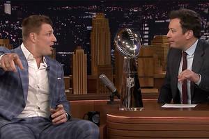 how gronk got his head cut by a beer can at patriots' super bowl victory parade (video)