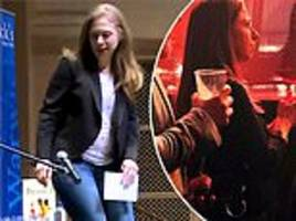 chelsea clinton shows off baby bump no.3 at san diego book signing - days after lady gaga vegas gig