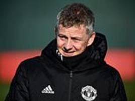 ashley young likens impact of ole gunnar solskjaer at manchester united to legendary boss ferguson