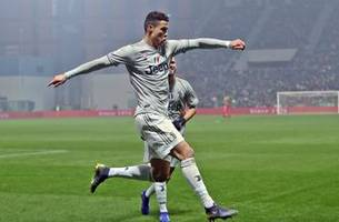 Ronaldo helps Juventus win but almost knocks teammate out